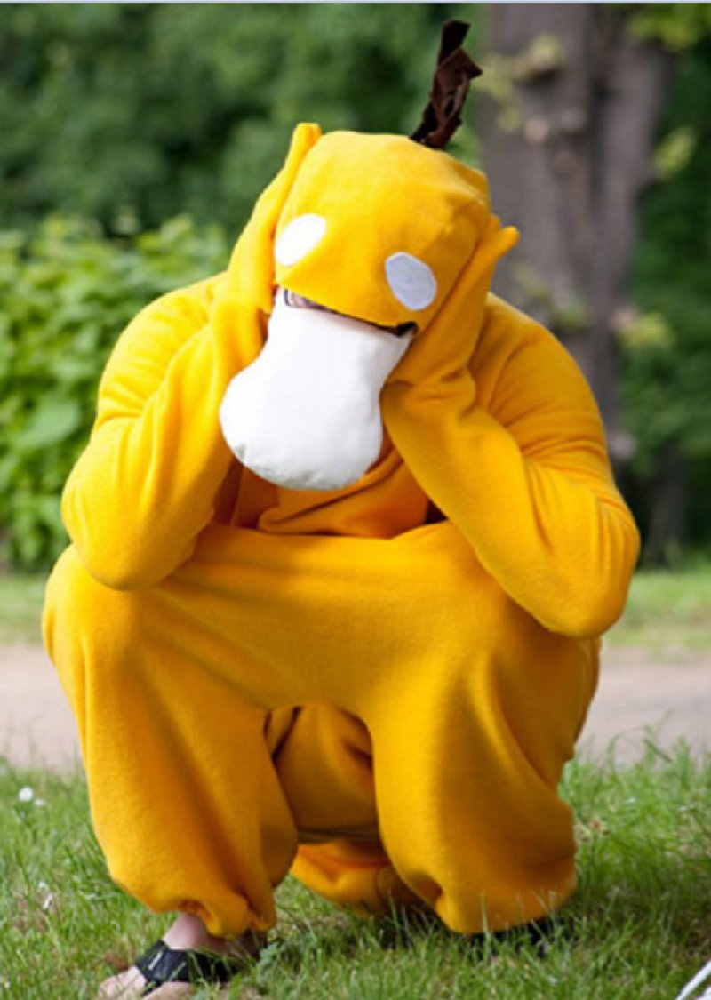 Psyduck Cosplay-12 Amazing Pokemon Cosplays Ever