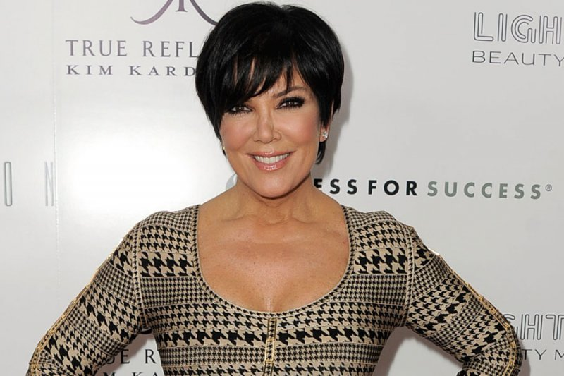 Kris Jenner Cheated on Robert Kardashian-15 Celebrities Who Cheated On Their Partners