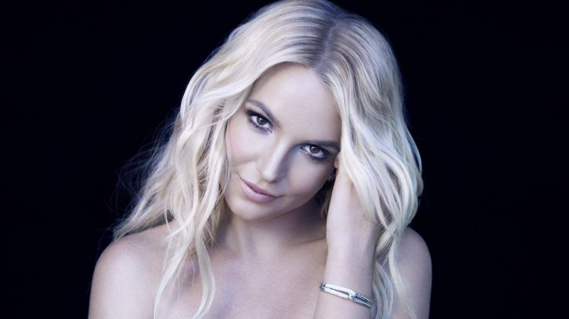 Britney Spears - 0 Top-12 Celebrities Who Got Caught Shoplifting
