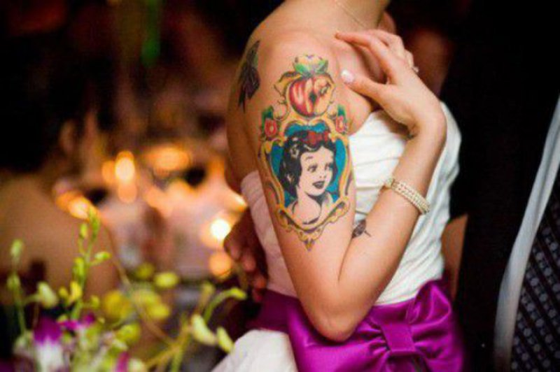 Snow White And the Apple-15 Cutest Disney Tattoos That Will Make You Want To Have One