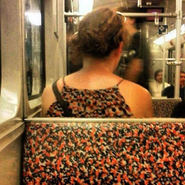 A Rare Moment Indeed-15 Most Awkward Public Transport Pictures