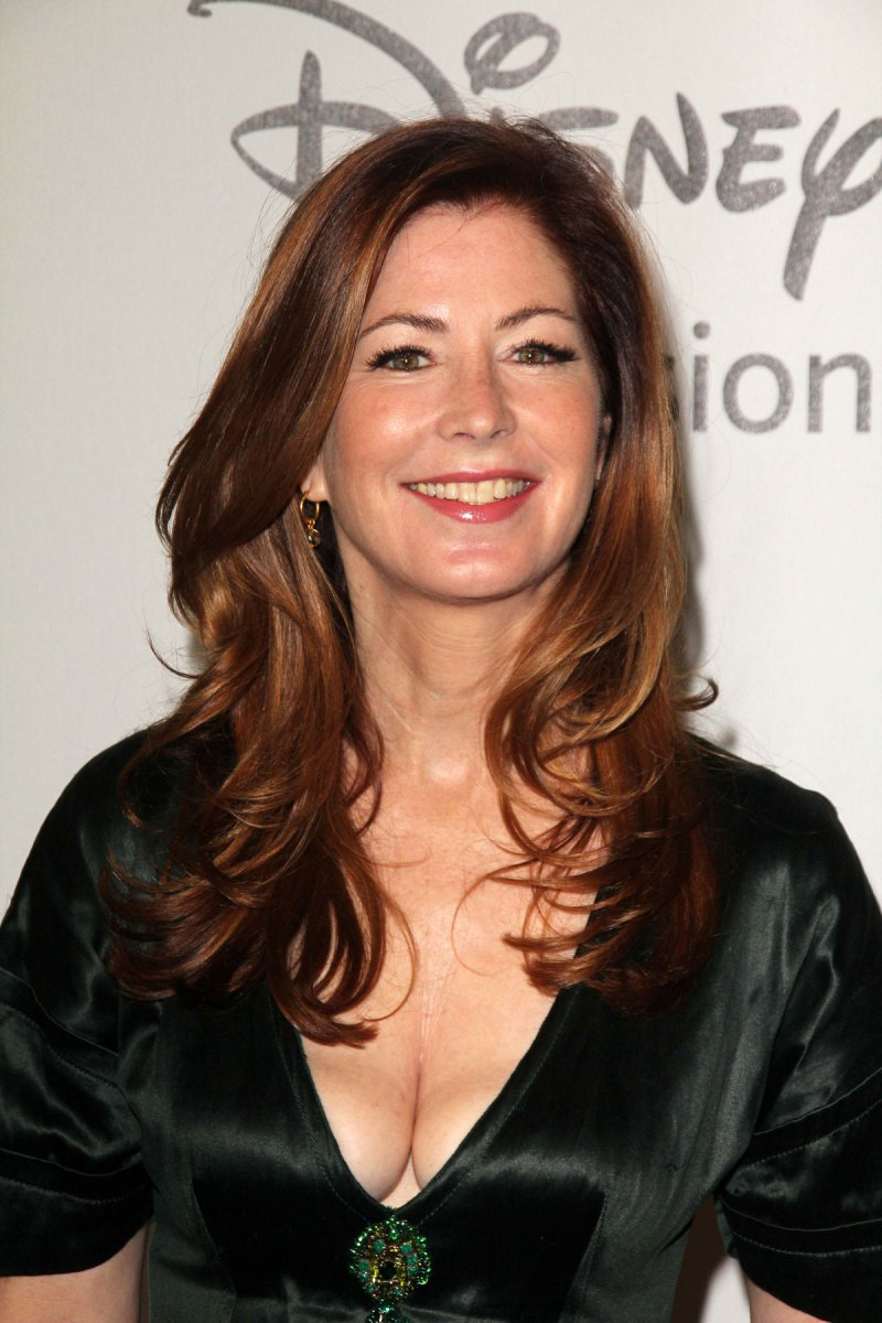 Dana Delany-12 Female Celebrities Who Never Had Plastic Surgery