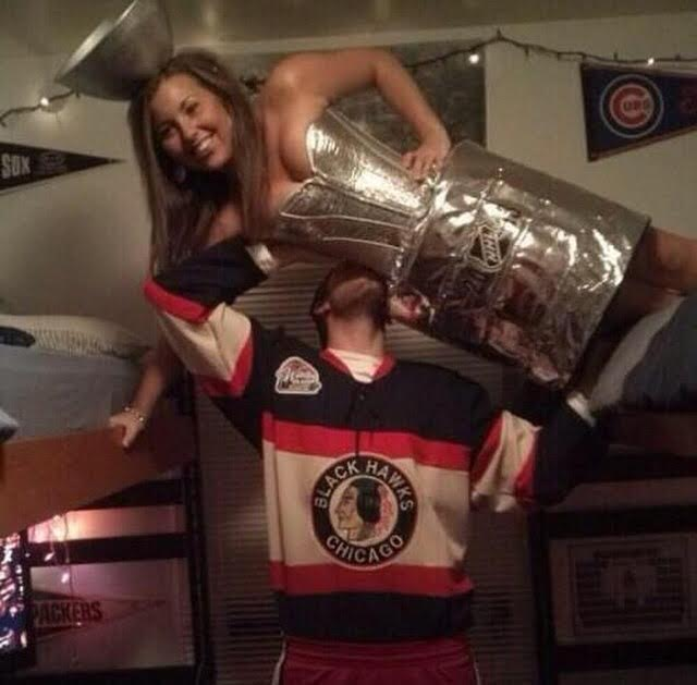 Stanley Cup Costume-Fifteen Halloween Couple Costumes That Are Super Amazing