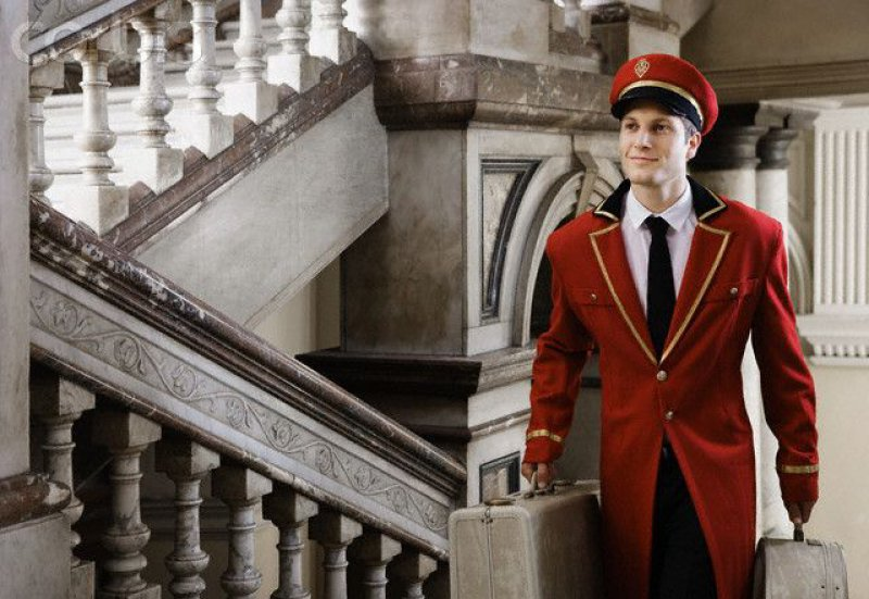 Bellhops Are More Capable Than What You Think-15 Lesser Known Hotel Secrets That No One Talks About