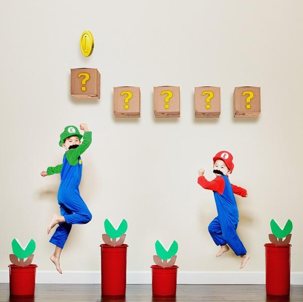 The Mario sisters.-Crazy Photos Of Daughters By Their Dad