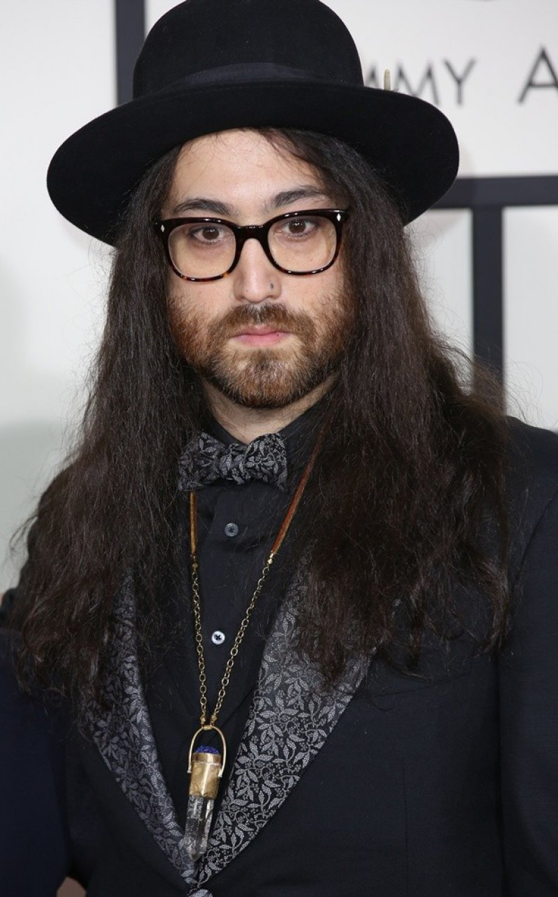 Sean Lennon-12 Celebrities Whose Parents Got Murdered