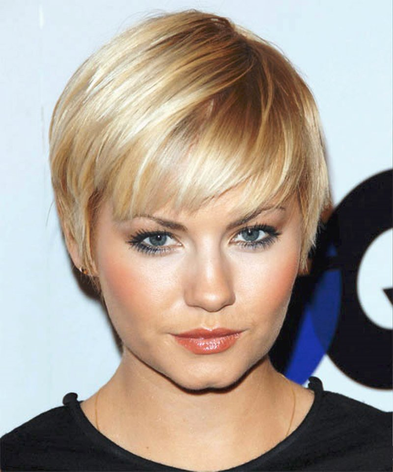 Elisha Cuthbert-12 Celebrities With Really Short Hair