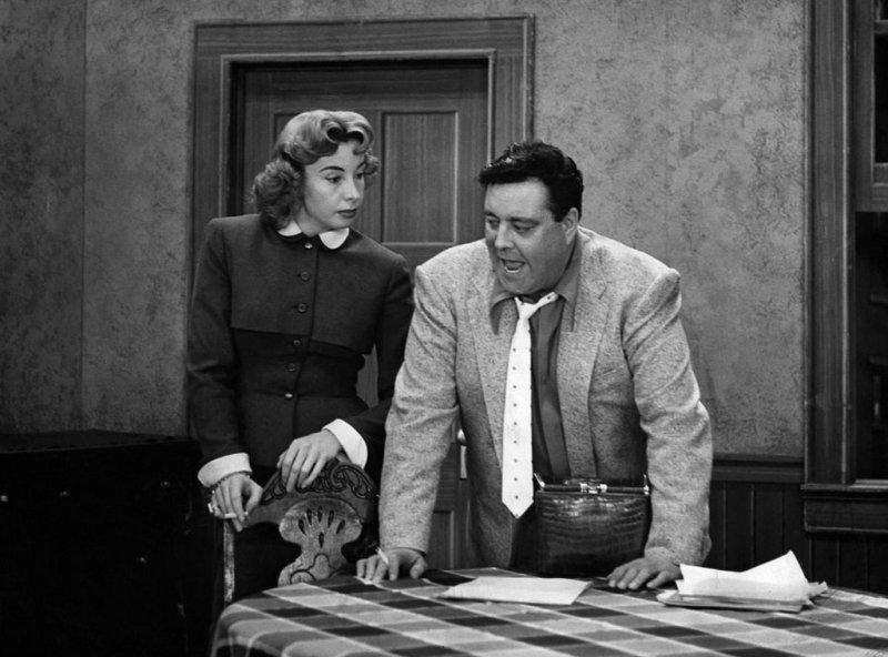 Ralph & Alice Kramden - The Honeymooners-12 Greatest Fat Guy / Skinny Wife Couples On TV Shows