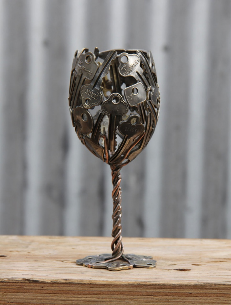 Now a Wine Glass Sculpture-15 Beautiful Items That Are Carved Out Of Scrap