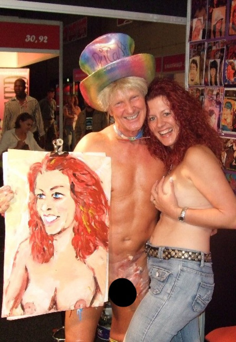 His First Performance Show-15 Amazing Paintings Of Artist Who Paints With His Genitals