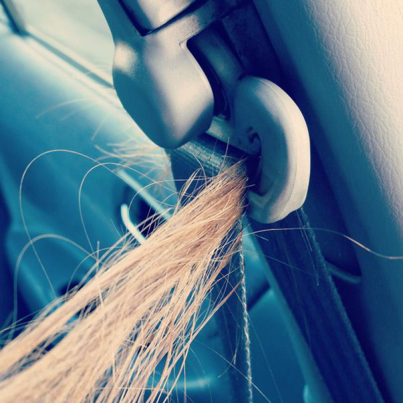 When Hair Gets Stuck in a Seatbelt-15 Things That Will Make You Cringe If You're A Girl