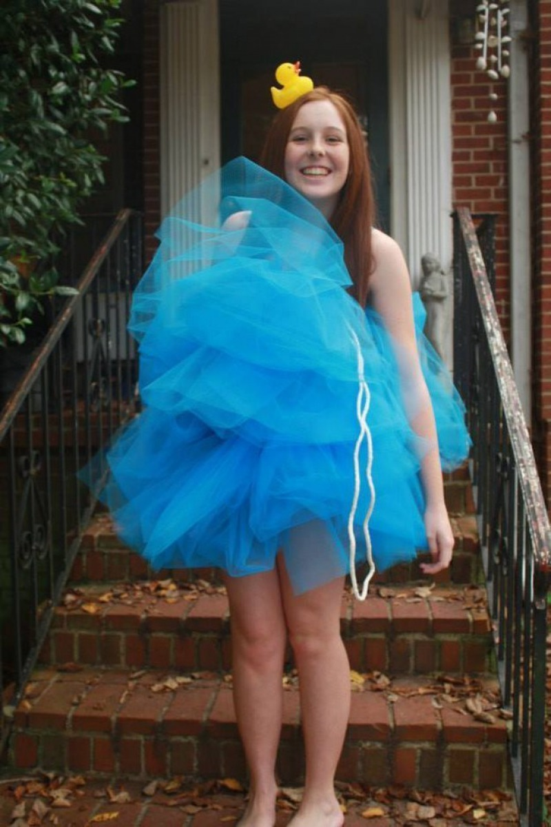 Loofah Halloween Costume-Simple Halloween Costumes You Can Make Within A Day