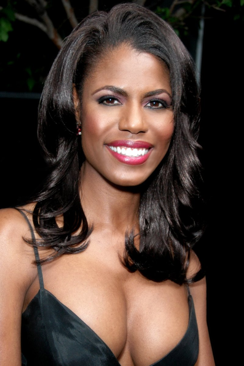Omarosa Manigault-12 Celebrities Whose Parents Got Murdered