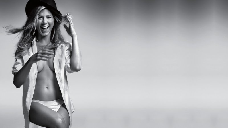 Jennifer Aniston-15 Hottest Girls Who Turned Down Playboy Offer