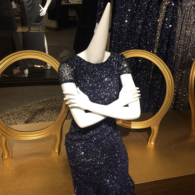 This Cone-head Mannequin-15 Mall Fails That Are Hard To Unsee
