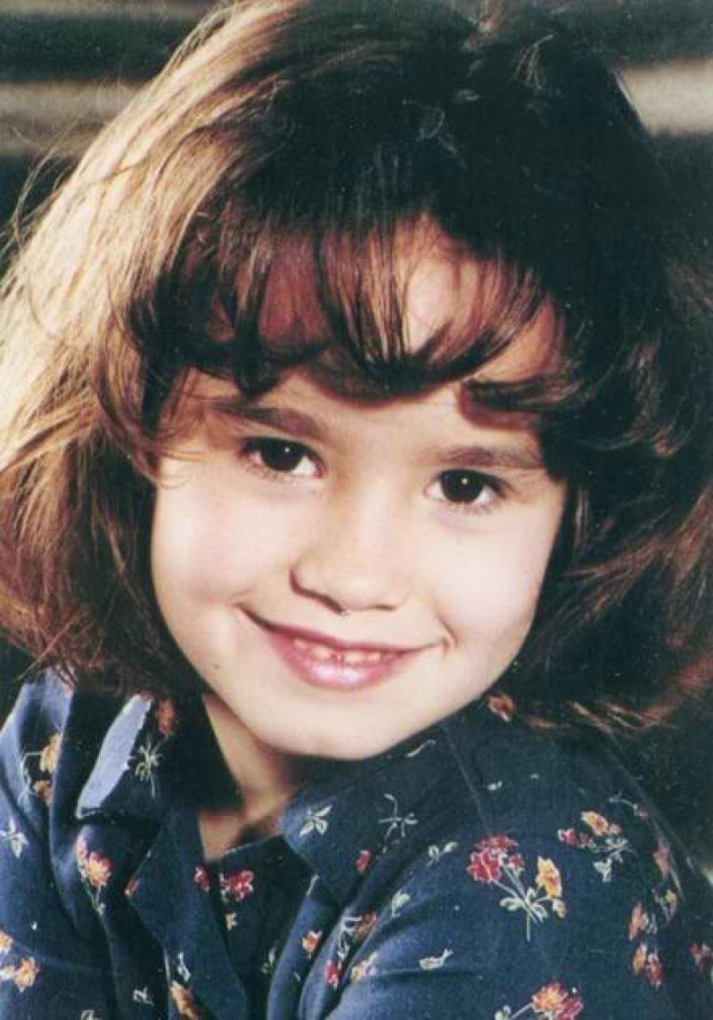 Demi Lovato-15 Cutest Childhood Photos Of Famous Celebrities