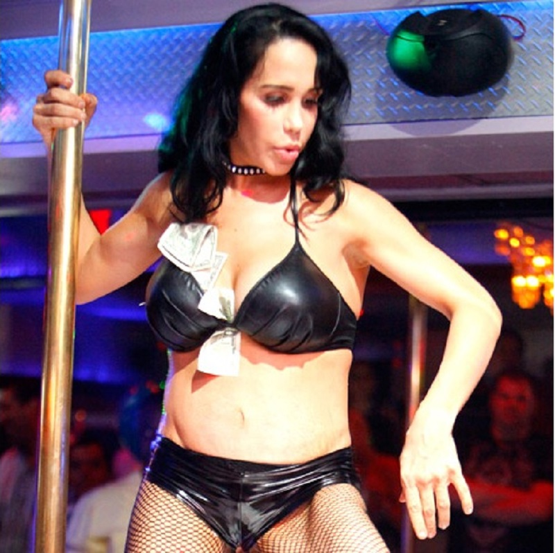 Natalie Suleman-12 World's Oddest Mothers Ever