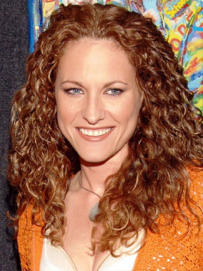 Jerri Manthey-12 Celebrities Who Once Worked At Hooters