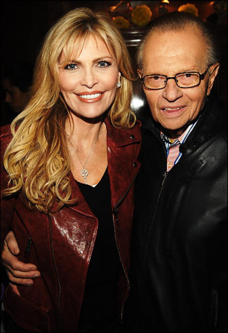 Larry King and Shawn Southwick-15 Celebrity Couples With Unbelievably Big Age Gaps