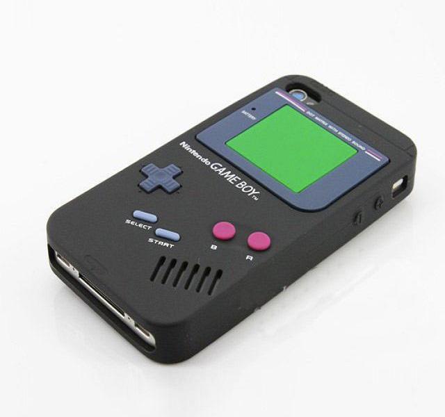 Game Boy case-Top 15 Craziest IPhone Cases