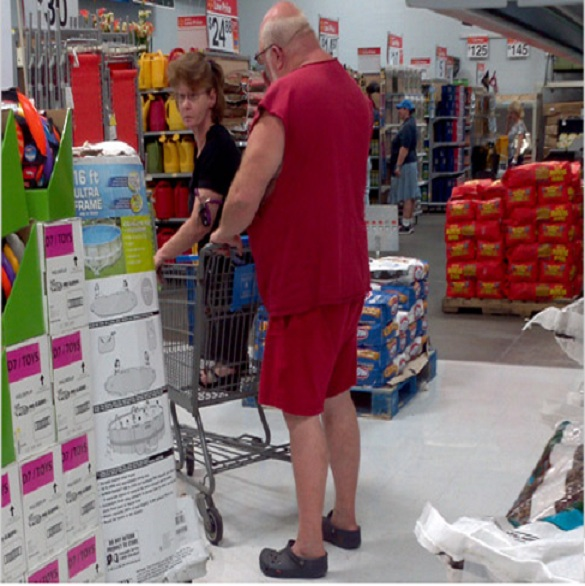 Trolley granny-15 Hilarious Walmart Pictures That Will Make You Say WTF!!
