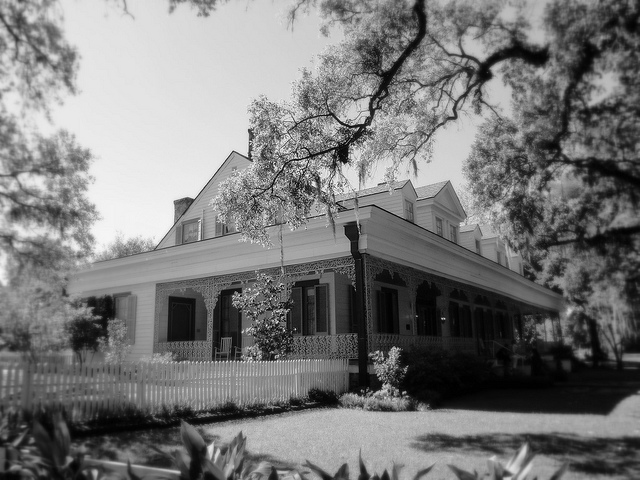 Haunted villa-Most Haunted Places In The World