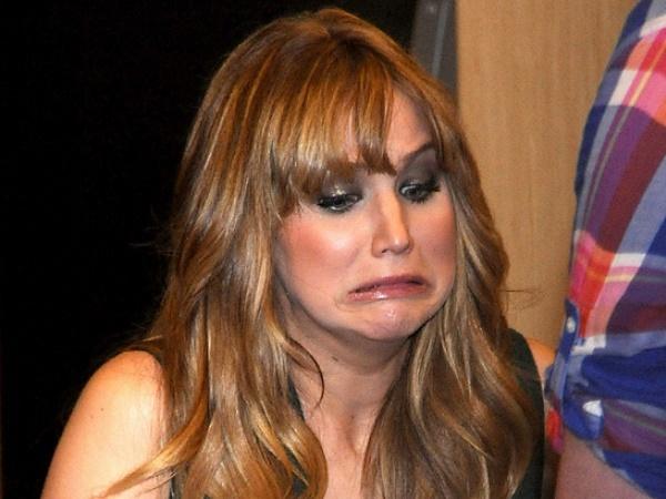 Jennifer Lawrence-15 Stupidest Faces Our Favorite Celebrities Make