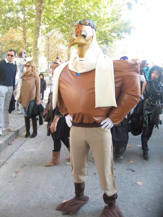 Launchpad mcQuack-15 Best Disney Cosplays You'll Ever See